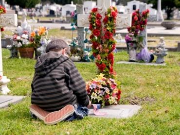 Aider les enfants dans le processus de deuil